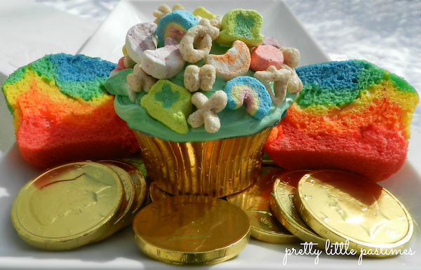 Lucky Charms Rainbow Cupcakes! I Pretty Little Pastimes