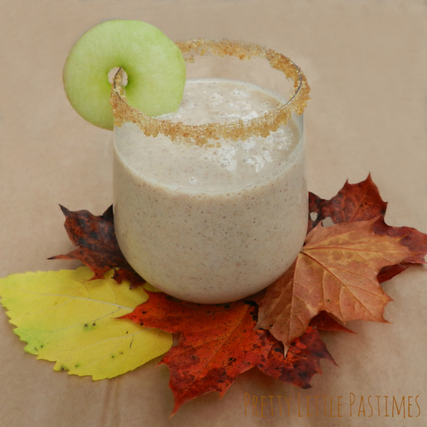 Apple Pie Smoothie I Pretty Little Pastimes